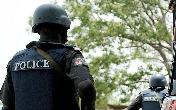 Assist Police Arrest Criminals
