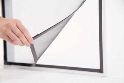 door screen magnetic closure